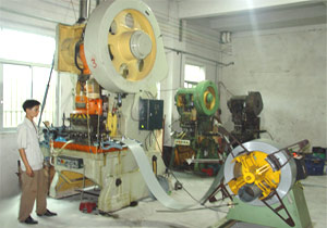 Motor production workshop