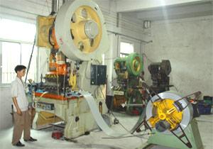 電機生産車間